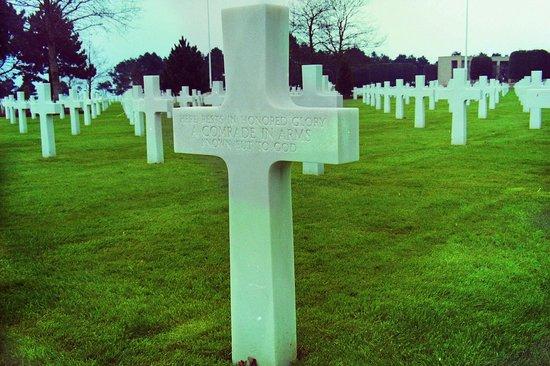 Monumento y Cementerio Estadounidense de Normandía: Unknown American Grave