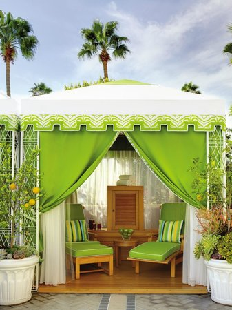 Private poolside cabanas at Four Seasons Hotel Los Angeles at Beverly Hills