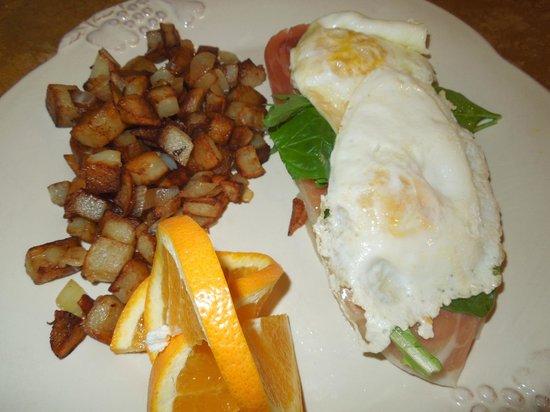 High Ridge Manor: Breakfast: HRM Breakfast Sandwich