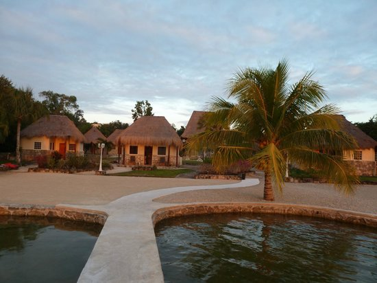 Bungalows picture of bacalar lagoon resort bacalar for Villas wayak bacalar
