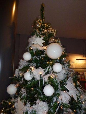 Hotel Verviers Van der Valk : le sapin de Noel