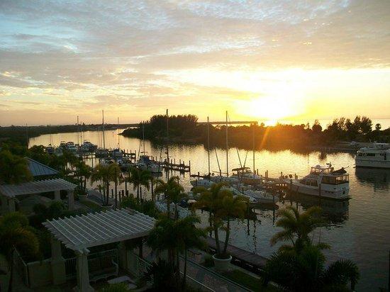 The Inn at Little Harbor : sunset view
