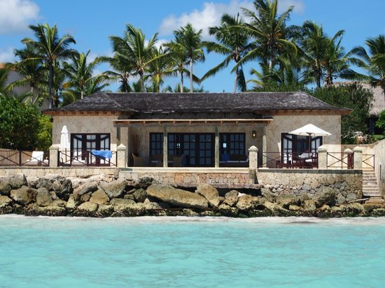 Sanctuary Cap Cana by AlSol: This is our villa! We went scuba diving and our boat drove us past our room :)