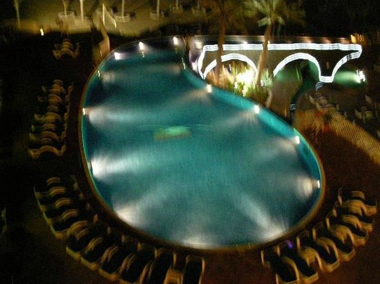 VIK Hotel San Antonio: pool from 4724 balcony