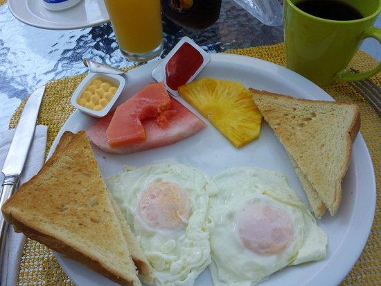 Hotel Mandarina : Little breakfast made to order.