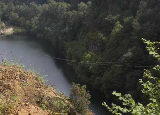 Adrenalin Quarry: The view that riders on get on the Giant Swing!