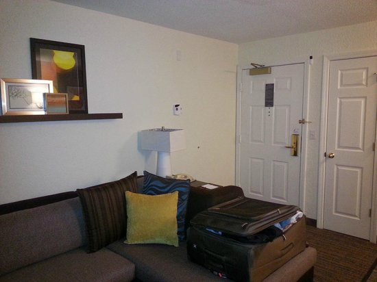 Residence Inn Danbury: Living room