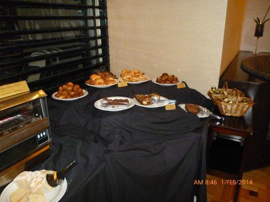 Regal Pacific Hotel Buenos Aires : zona desayuno