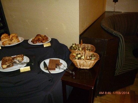 Regal Pacific Hotel Buenos Aires : zona de desayuno