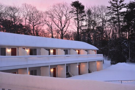 Rhumb Line Resort: winter sunrise