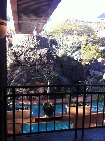 Phoenix Marriott Tempe at The Buttes: View from elevators