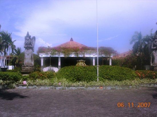 Melia Bali : hotel reception