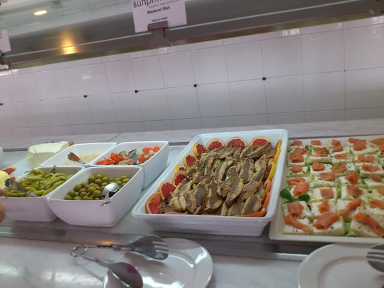 Sunprime Atlantic View: Lovely salads a variety every day.