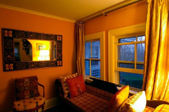 Homestead Inn: my room