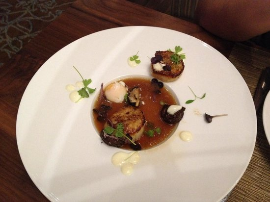Showcase Restaurant & Bar : Scallop