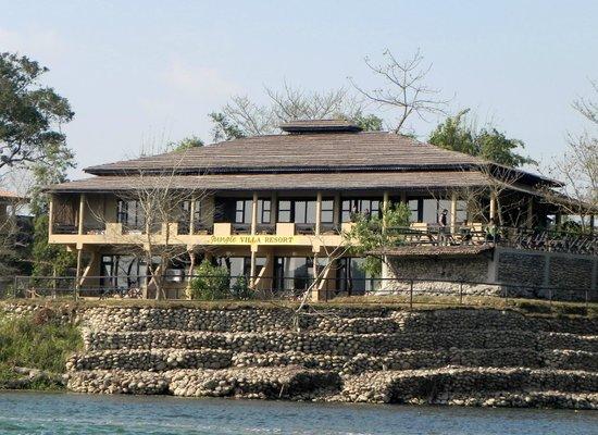 Chitwan National Park Jungle Villa Resort
