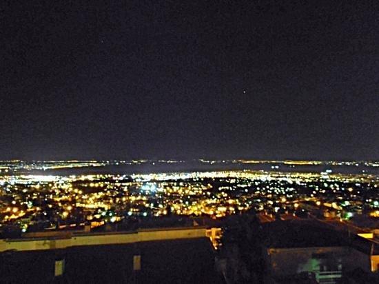 cc003fe5fab θεα πολης νυχτα απο το μπαλκονι του villa luna - Εικόνα του Villa ...