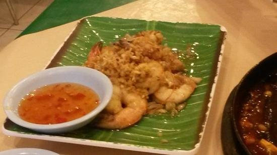 KO Seafood Restaurant: Gritty and not very good prawns