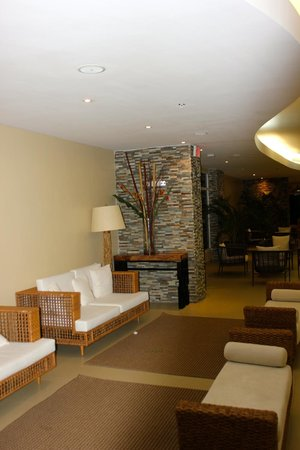 Country Inn & Suites By Carlson, Panama Canal, Panama: common area in the hotel