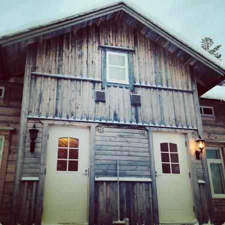Saija Oy: Our lodge & mini apartment suite