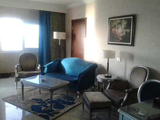 Hilton Alexandria Corniche : Sitting Area