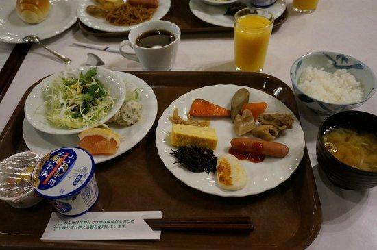 Ontake Kyukamura: 朝食バイキング