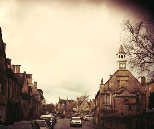 The Court : town