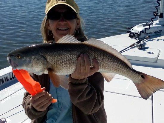 Lowe Tide Fishing Charters: Big Red