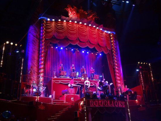 Cirque d'hiver Bouglione : L'Orchestre live