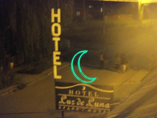Luz de Luna: cartel de entrada