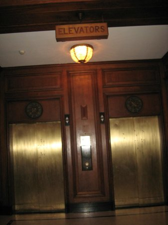 The Read House Historic Inn And Suites: Elevators-notice floor dials