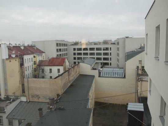 B&B Hotel Prague City: Room view at Praha