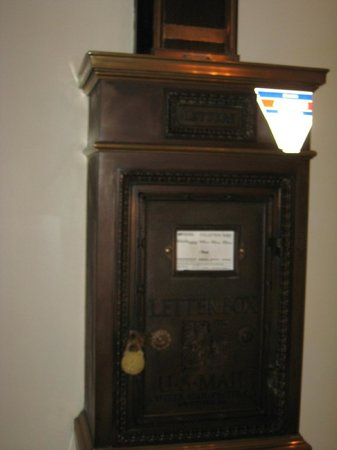 The Read House Historic Inn And Suites: Antiquated mail service that still functions-quaint