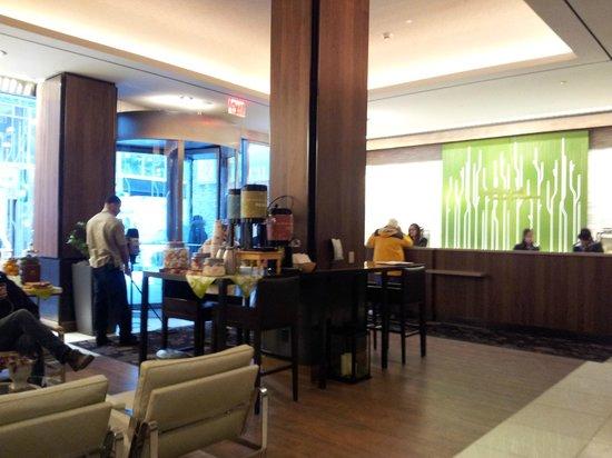 Hilton Garden Inn New York/Central Park South-Midtown West: Hall