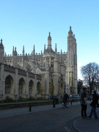 King's College - entrata principale