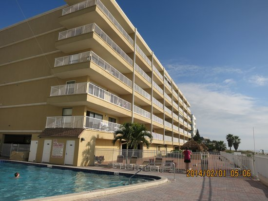 Seagate Condominiums: View from the pool area
