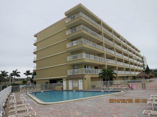 Seagate Condominiums: Another view of the building
