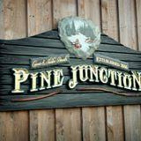 Pine Junction: Sign