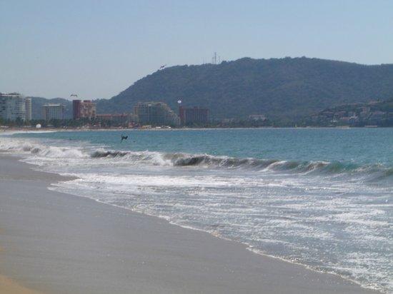 Tesoro Ixtapa: beach view