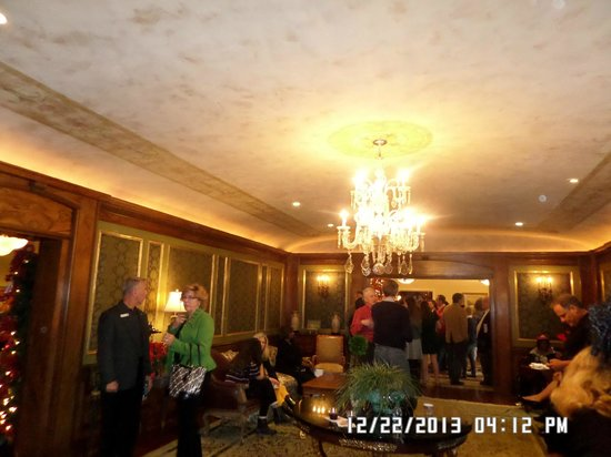 Tournament of Roses Association: ornate ceiling and walls of a room