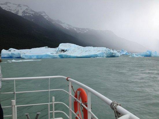 Solo Patagonia S.A. Day Tours: Geleiras