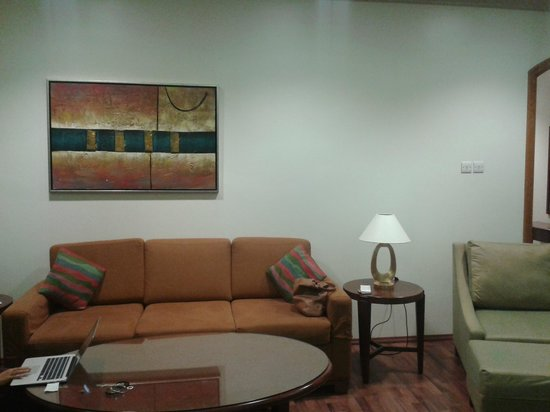 Al Khoory Hotel Apartments: Sitting Area