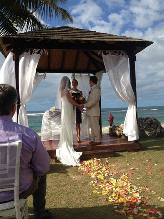 Villa Montana Beach Resort: paradise wedding