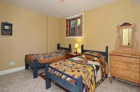Lavender Cottage Bed & Breakfast: Twin room