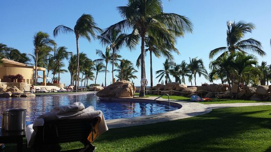 Grand Fiesta Americana Los Cabos All Inclusive Golf & Spa: Pool side