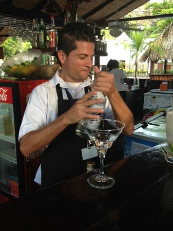 Hotel & Club Punta Leona: Reyner at Bar Al Garete