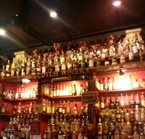 The Canny Man's: The bar!