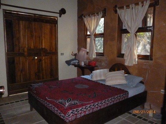 La Hacienda Lodge : # 3 Prince suite. Queen bed