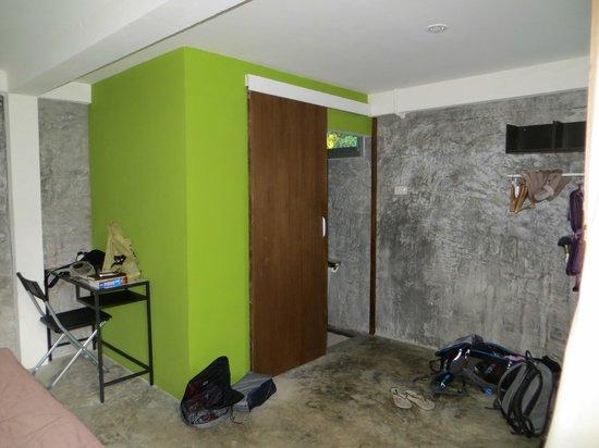 Lazy Republique Villa: Bathroom