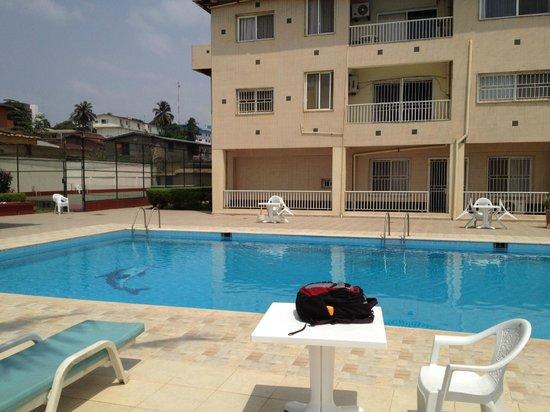 Mamba Point Hotel: Pool